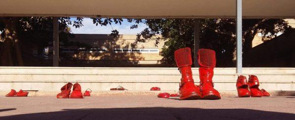 SABATES ROGES. Un pas contra la violència de gènere