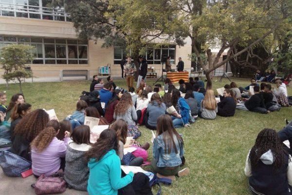 'LA SENDA LLARGA'. . . . . . . ARRIBA A L'INSTITUT      Primavera Literària 2016